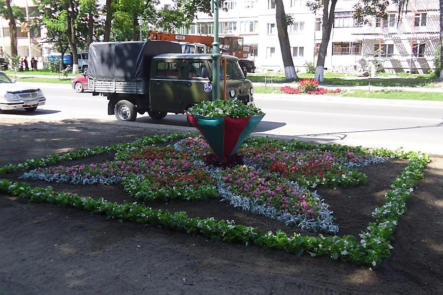 2011 год г. Береза - Диплом первой степени по первой группе, конкурс профессионального мастерства среди рабочих зеленого строительства «Сузор,е кветак «Бяроза -2011»